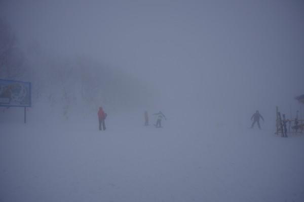 霧で前が見えない